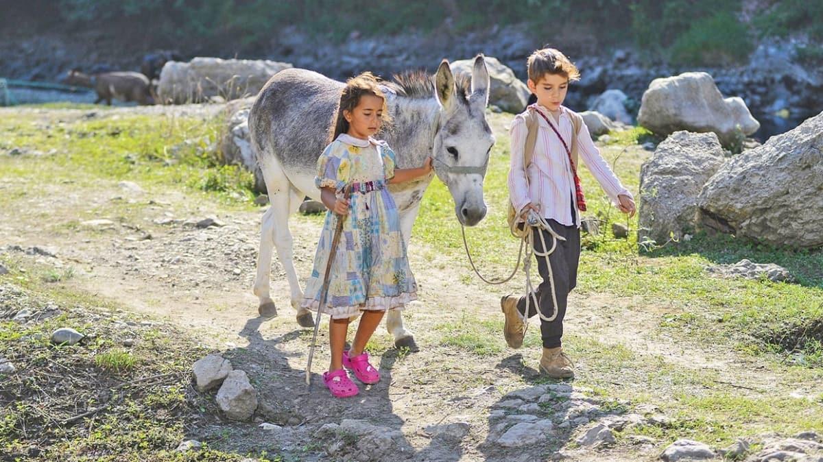 Kuzey Makedonya'da Türk Filmleri Haftası 'Bal Kaymak' filminin gösterimiyle başladı