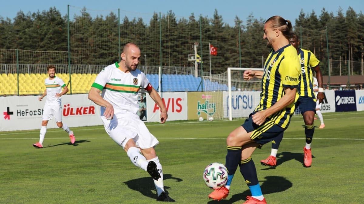 Fenerbahçe, özel maçta Alanyaspor'la 1-1 berabere kaldı
