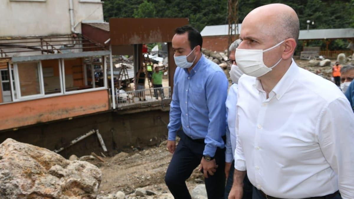 Bakan Karaismailoğlu, Giresun'da selin etkili olduğu bölgelerde incelemelerde bulundu