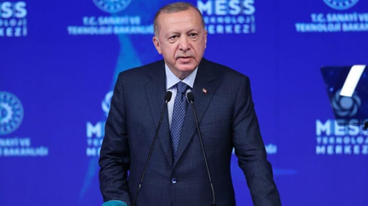 Başkan Erdoğan, MESS Teknoloji Merkezi ve 40 üretim tesisinin açılışını robot 'Spot'un getirdiği tabletten yaptı
