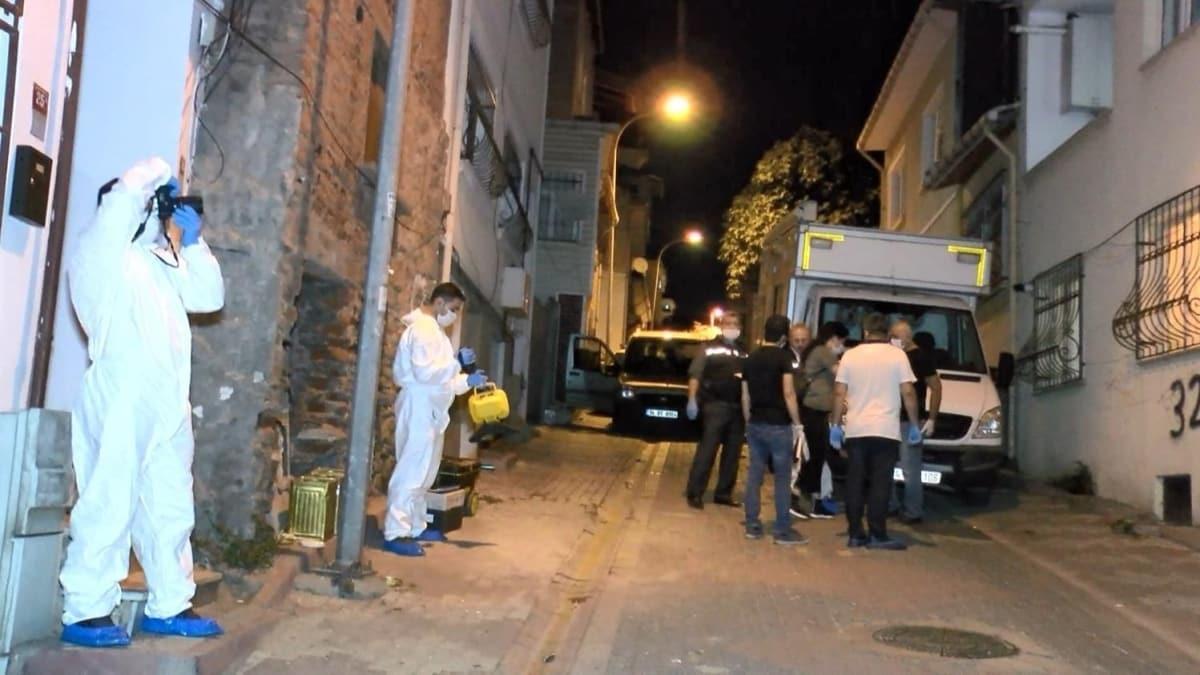 Kartal'ta birlikte yaşadığı kadını öldüren kişi aynı silahla intihar etti