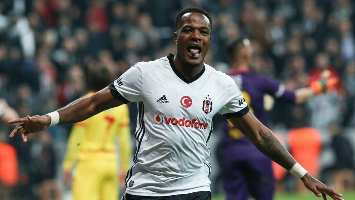 Beşiktaş, Cyle Larin'de kararını verdi: Kalıyor