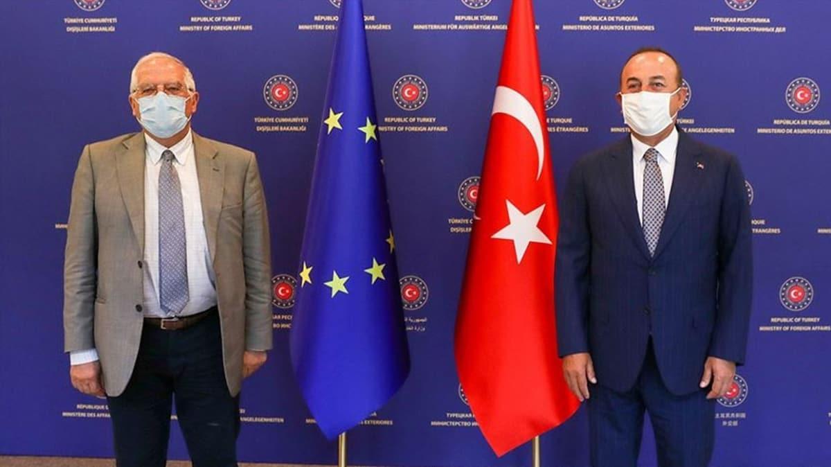 Bakan Çavuşoğlu, AB Dış İlişkiler Yüksek Temsilcisi Borrell ile Doğu Akdeniz'i görüştü
