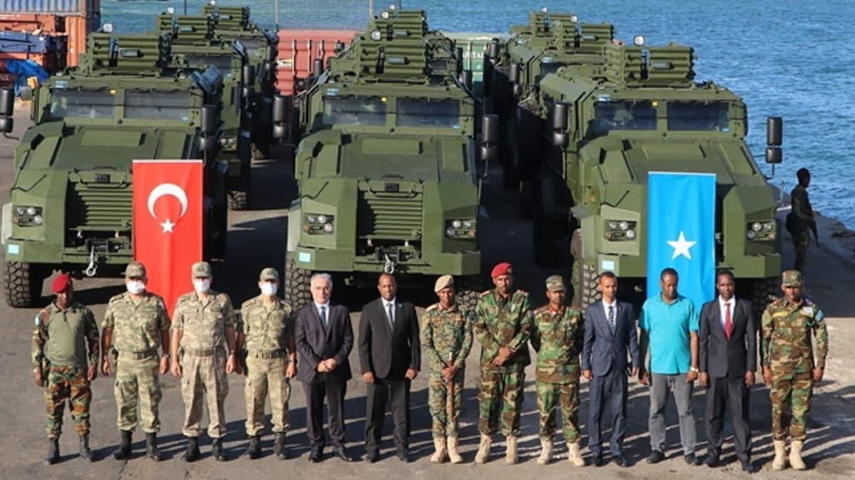12 adet yerli 'KİRPİ' Somali'ye teslim edildi