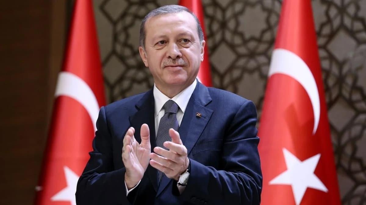 Başkan Erdoğan, Avrupa Şampiyonu genç voleybolcuları tebrik etti