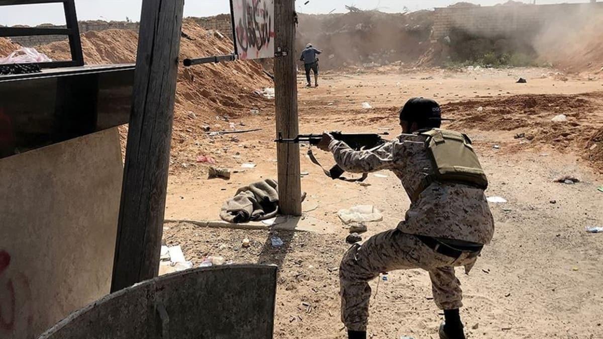 Darbeci Hafter ateşkesi ihlal etmişti... Libya'da cephe hatları yeniden ısınıyor!