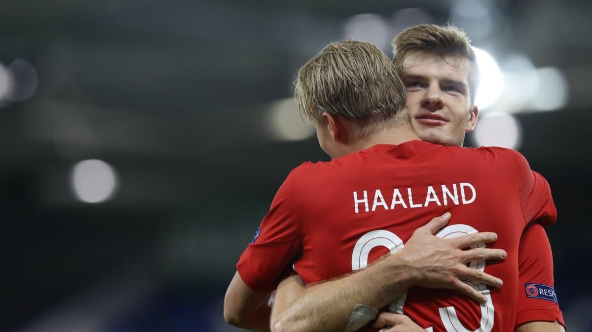 Alexander Sörloth gollerine Norveç Milli Takımı'nda da devam ediyor