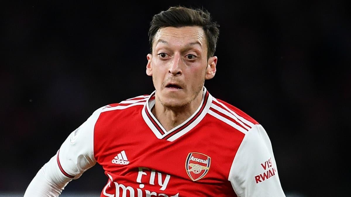 Mesut Özil, en iyi 11'ini seçti