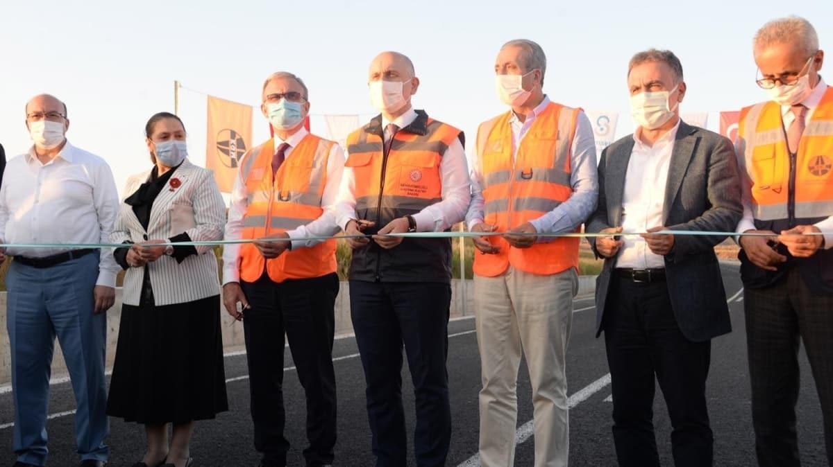 Ulaştırma ve Altyapı Bakanı Karaismailoğlu, Diyarbakır-Eğil kara yolunun açılışını yaptı