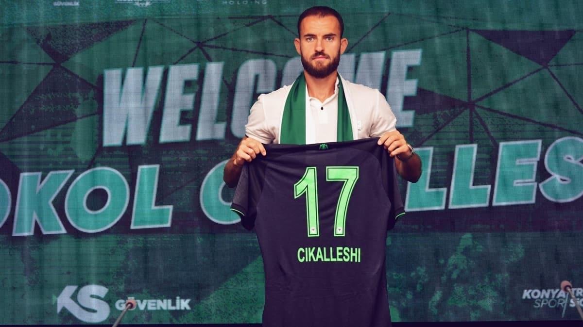 Konyaspor, Arnavut golcü Sokol Cikalleshi'yi kadrosuna kattı