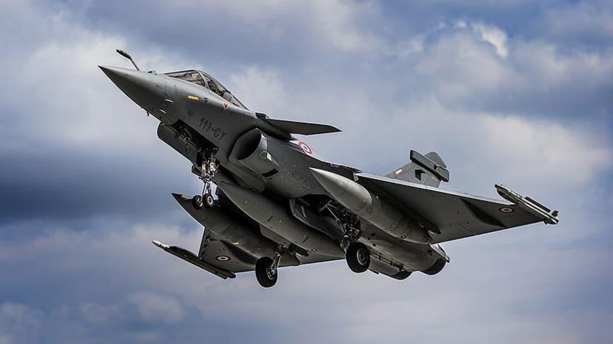 Yunanistan'ı korku sardı... Fransa'dan Rafale tipi savaş uçağı satın alacaklar!