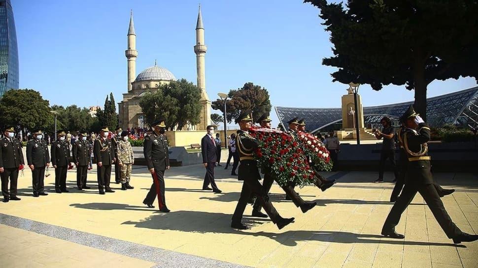 Bakü'nün kurtuluşunun 102. yıl dönümü... Bakü Fatihi Nuri Paşa dualarla anıldı