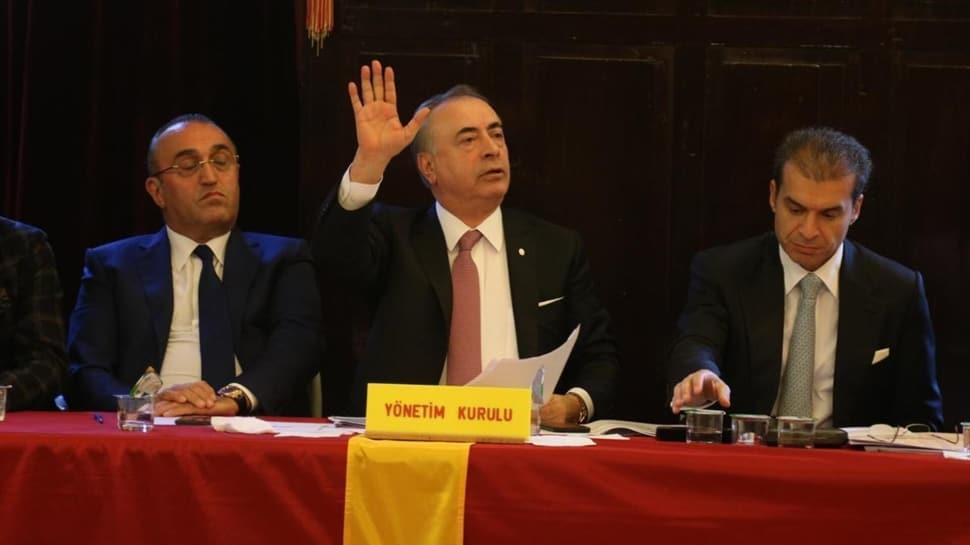 Galatasaray'da üyeler imza kampanyası başlattı