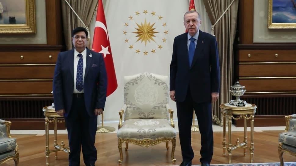 Başkan Erdoğan, Momen'i kabul etti