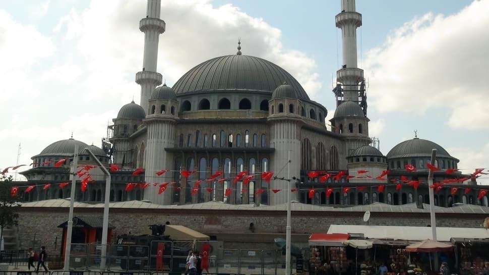 Taksim Camii'nde sona doğru: Yıl sonunda ibadete açılacak
