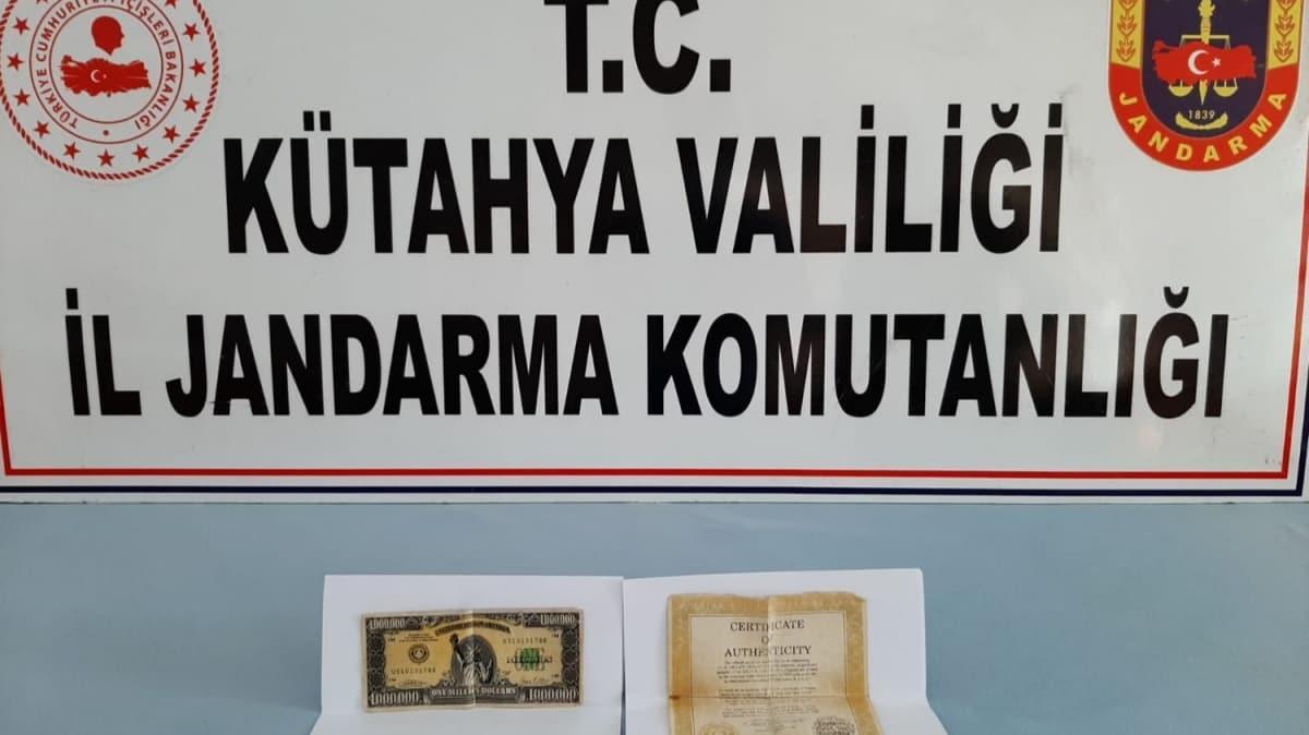 Kütahya'da ABD Merkez Bankası tarafından 1 milyon dolarlık banknot ele geçirildi