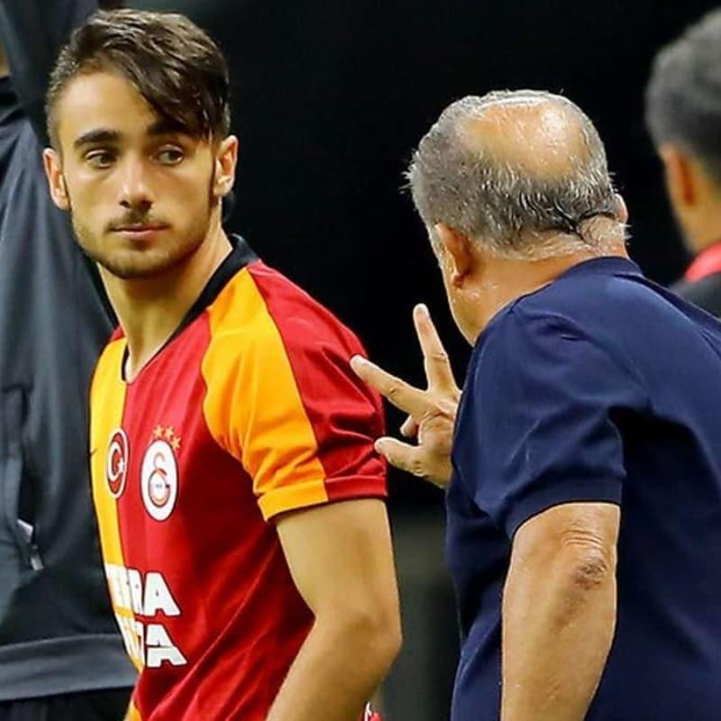 Galatasaray'da iki yolcu birden