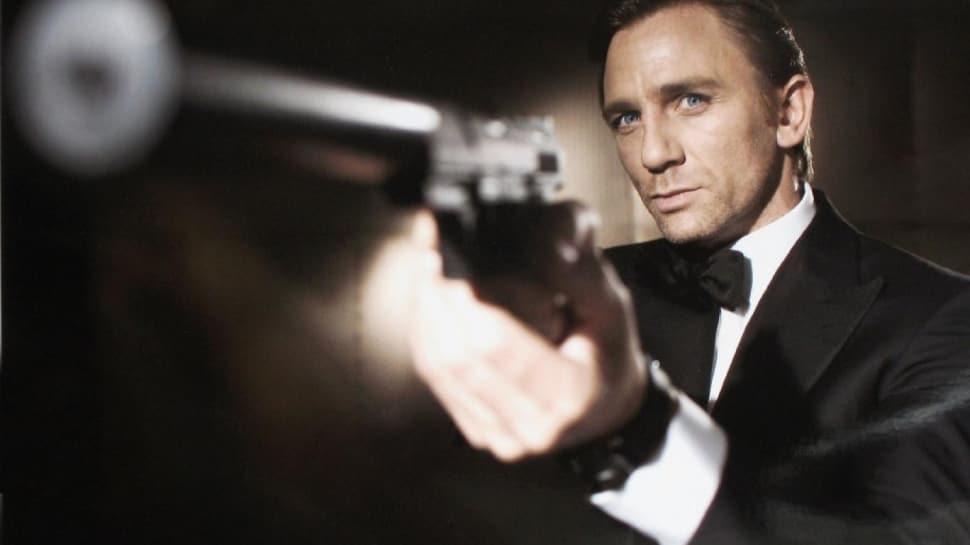 İngiliz polisi James Bond'un çalınan silahlarını arıyor