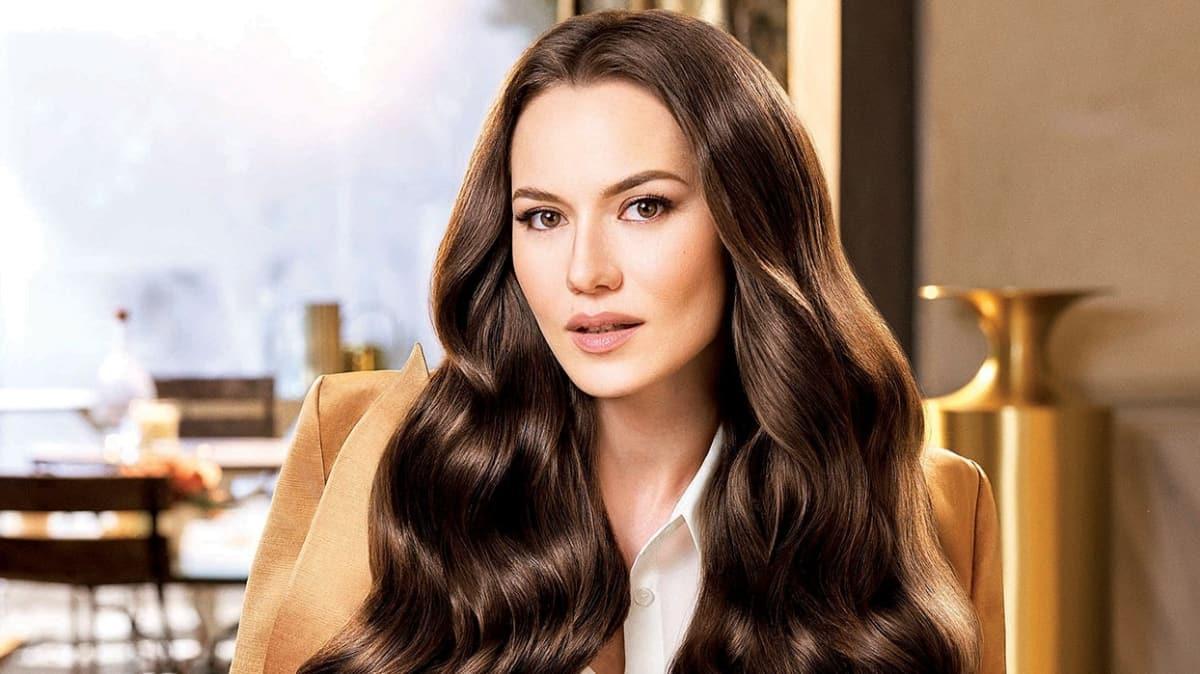 Fahriye Evcen marka yüzü olduğu reklam filmi ile şimdi de Orta Asya'da!