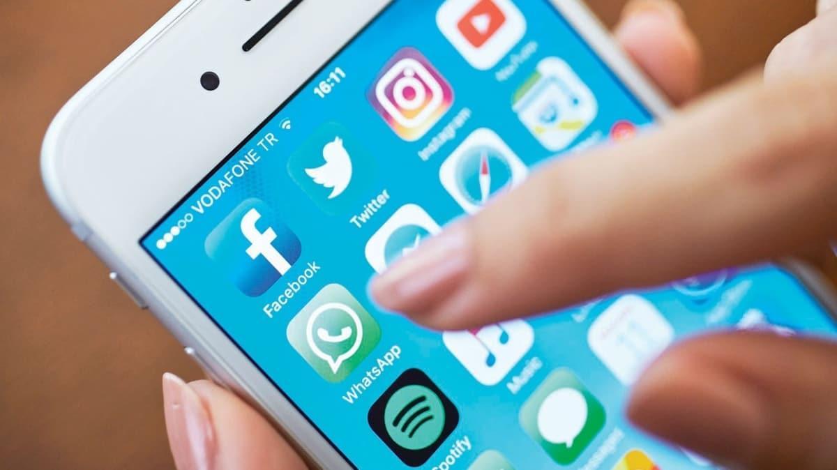 WhatsApp'a yeni özellik! Tek hesap 4 farklı cihazda kullanılabilecek