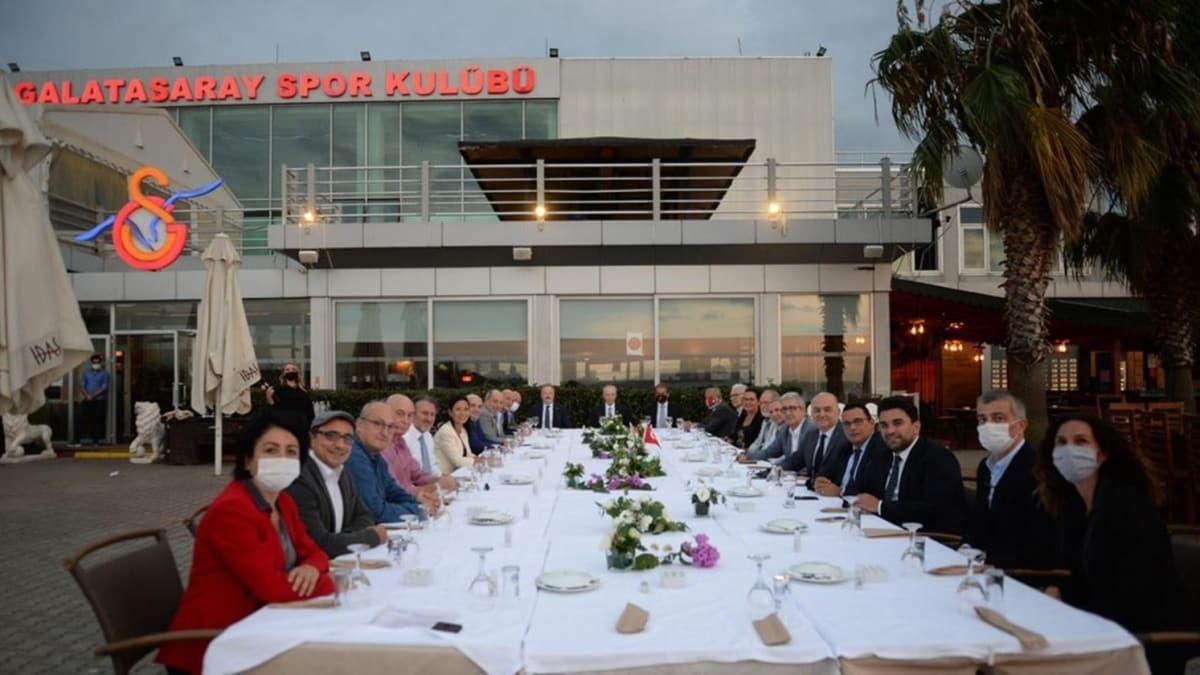 Galatasaray Yönetim Kurulu, Kalamış'ta bir araya geldi
