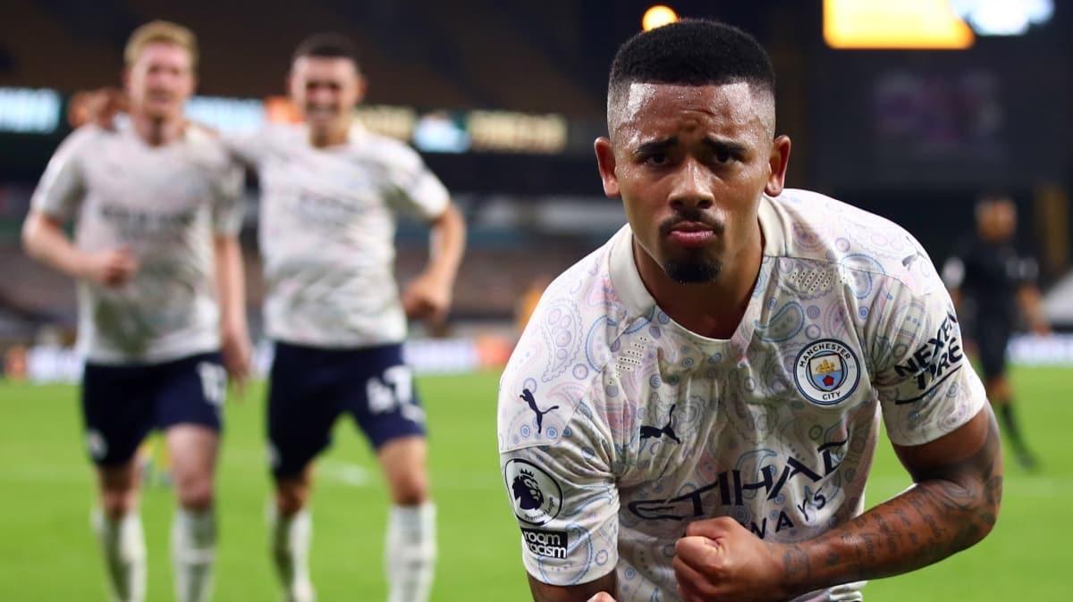 Manchester City, sezonu 3 golle açtı
