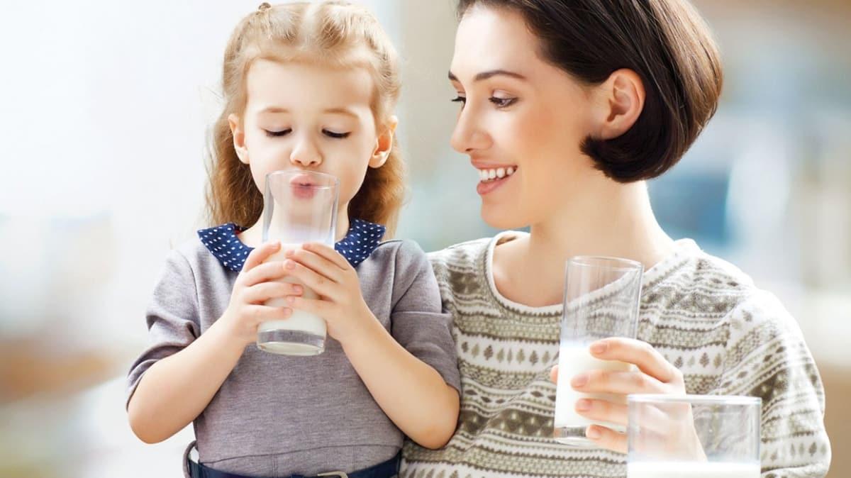 Kaliteli protein için günde iki bardak süt içilmeli  Kaliteli protein için günde iki bardak süt içilmeli