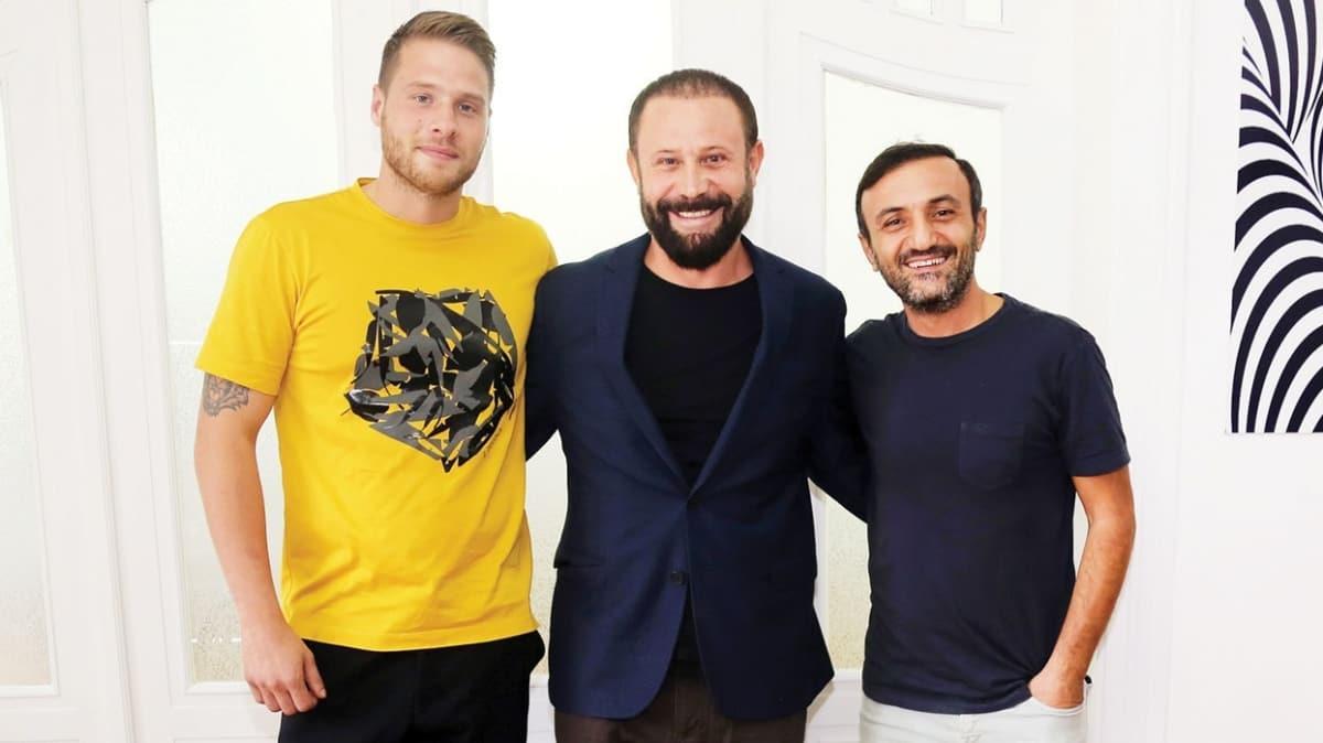 Survivor yarışmacıları Yunus Emde Özden ve Ersin Korkut aynı projede!