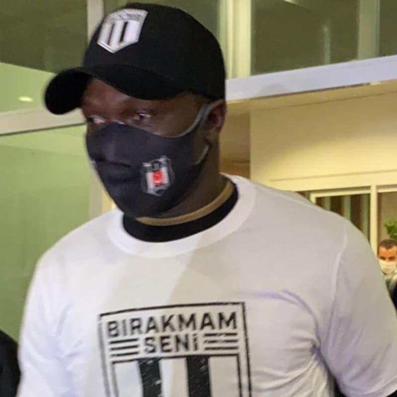 Vincent Aboubakar, Beşiktaş için İstanbul'a geldi