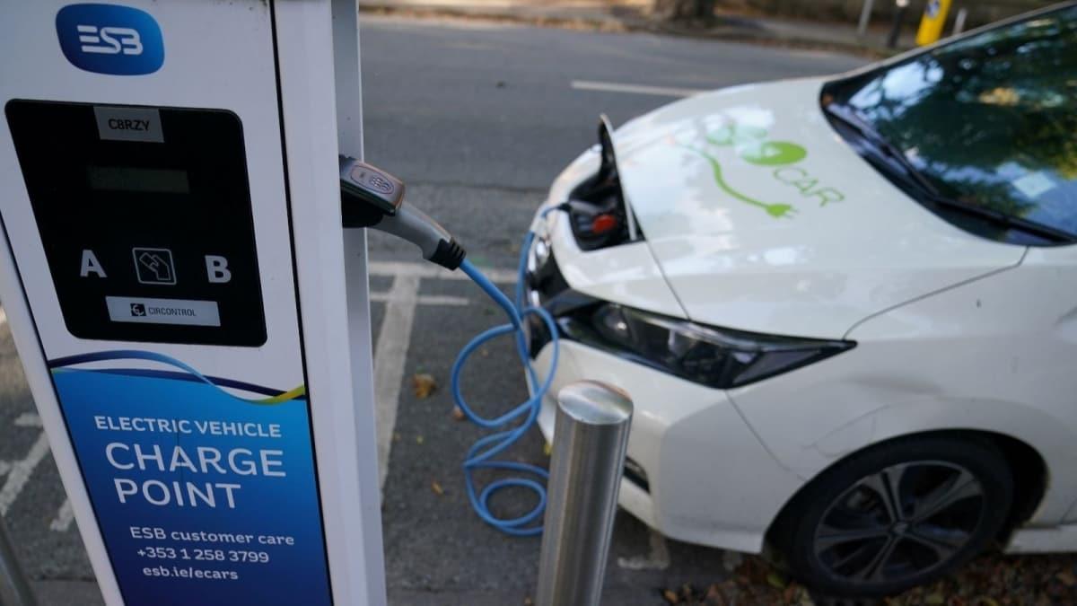 California'da benzinli ve dizel araçlar yasaklanacak