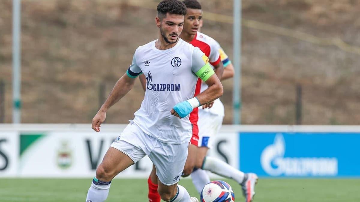 Schalke 04, Kerim Çalhanoğlu ile profesyonel sözleşme imzaladı