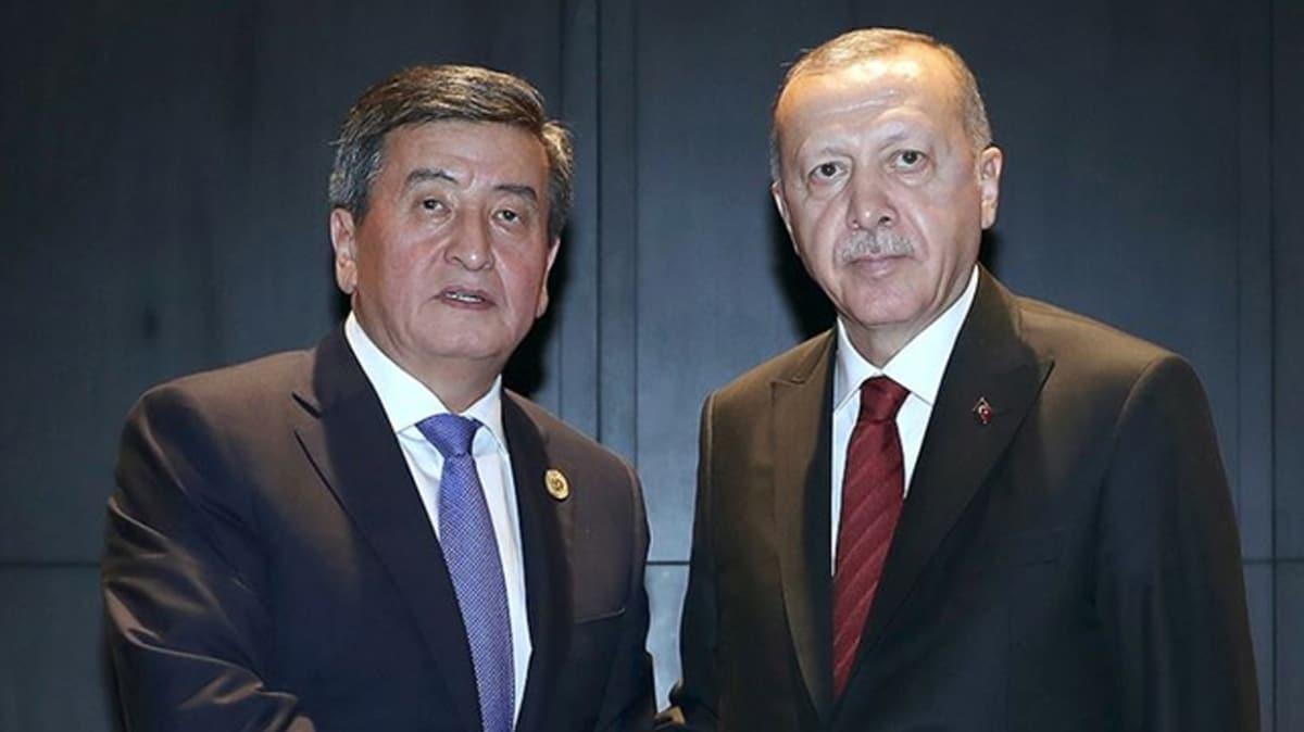 Başkan Erdoğan, Kızgızistan Cumhurbaşkanı Ceenbekov ile telefonda görüştü