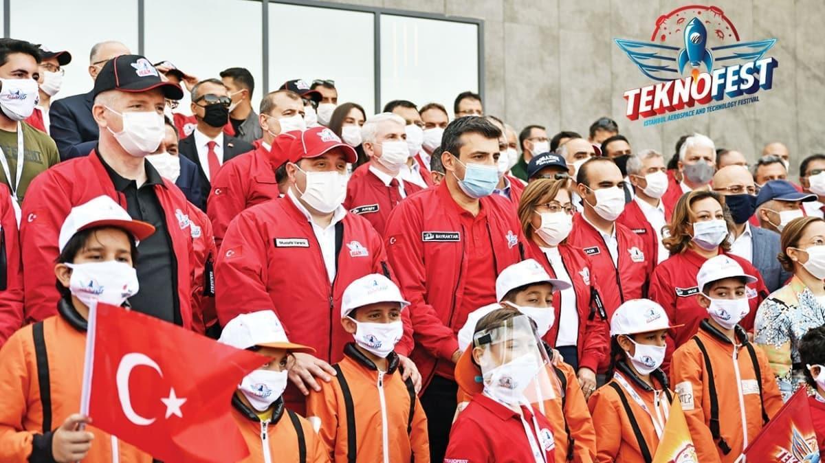 Teknoloji heyecanı Gaziantep'te başladı! Bugün İHA yarıştıran gençler yarın füze uçak üretecek