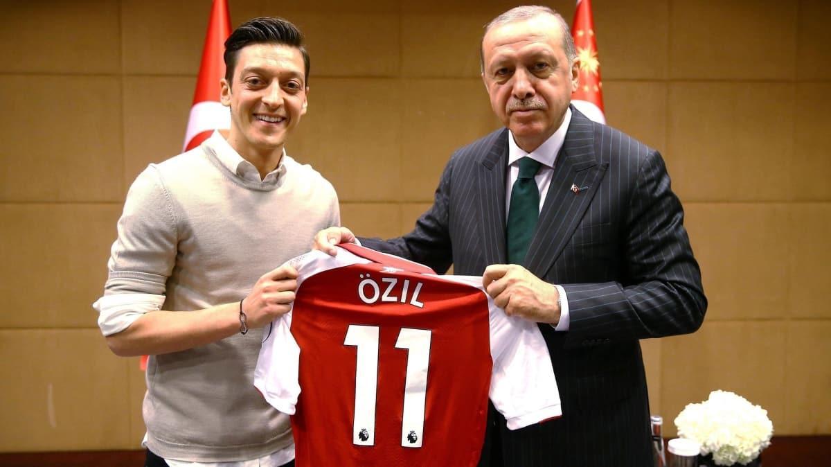 Almanya'dan Mesut Özil itirafı: 'Çuvalladık'