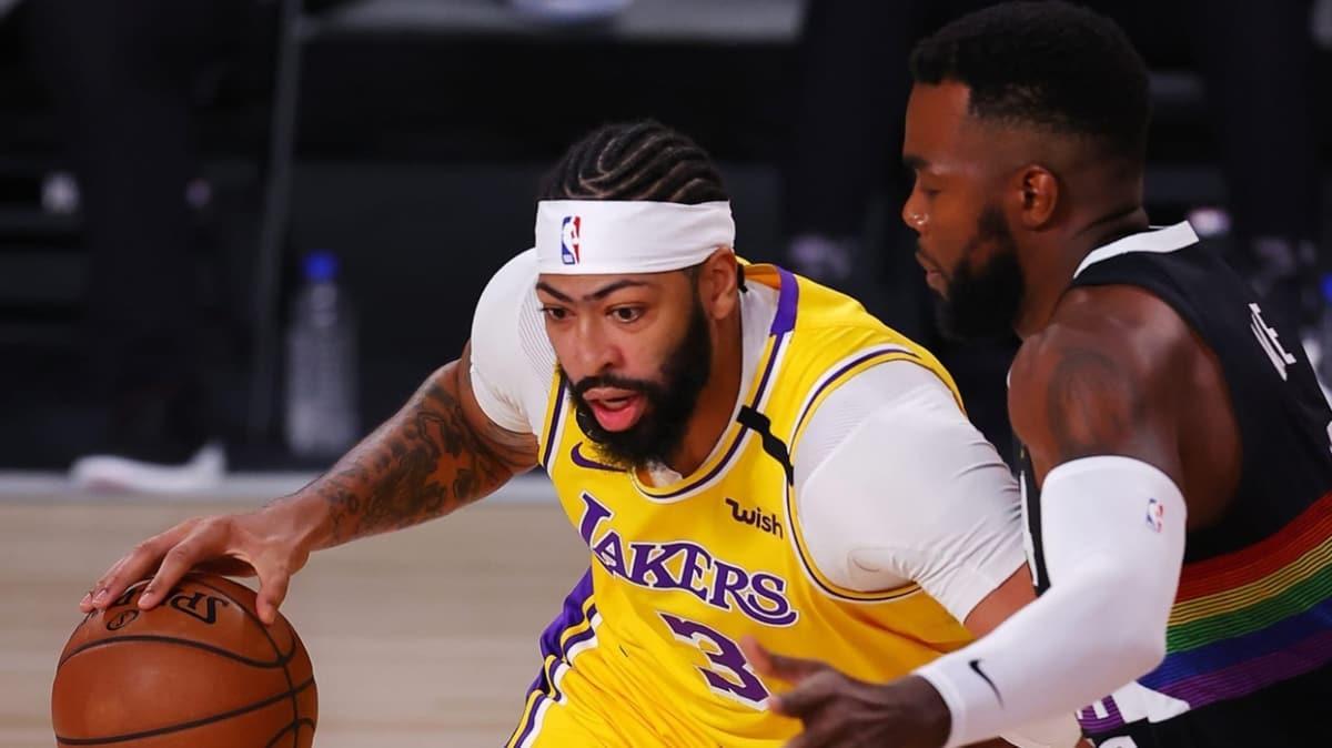Los Angeles Lakers, Batı Konferansı finalinde seriyi 3-1'e getirdi