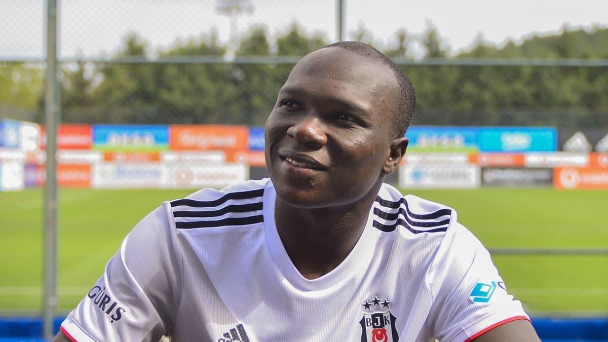 Beşiktaş'ta Vincent Aboubakar ayağının tozuyla idmana çıktı