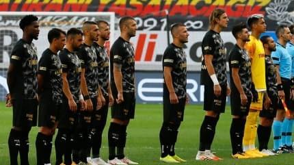 Göztepe 2 haftadır penaltılarla yıkılıyor