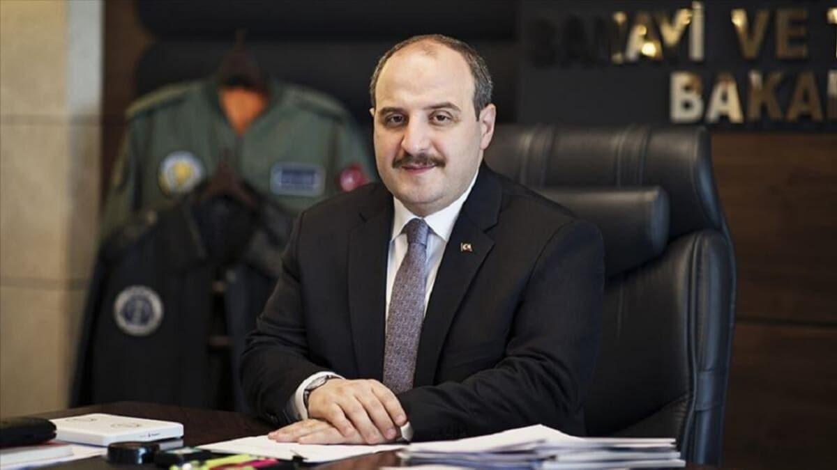 Bakan Varank'tan koronavirüs aşısı açıklaması: Türkiye'nin 3 aşı projesi insan denemeleri aşamasında