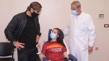 Totti'nin sesiyle komadan uyandı