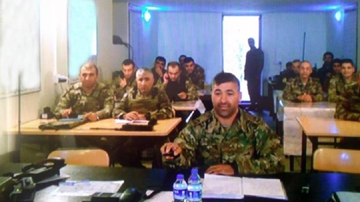 Azerbaycan ordusu yayınladı: Sınır hattındaki harekat merkezinden ilk kare...