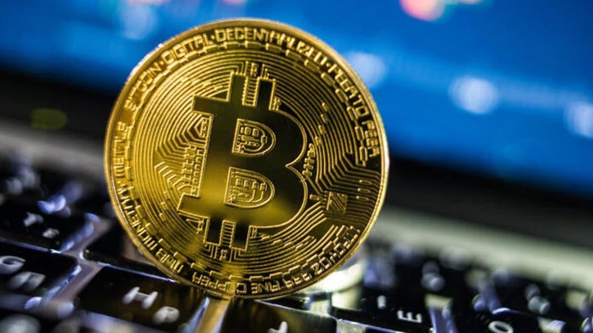 Bitcoin son 24 saatte 10 bin 902 dolara yükseldi