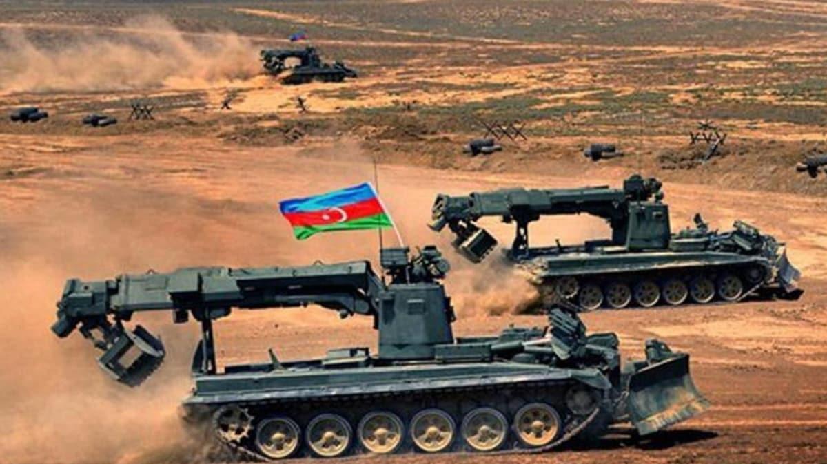 Sivil yerleşimlere ateş açmaya devam eden işgalci Ermenistan'a Azerbaycan'dan son uyarı