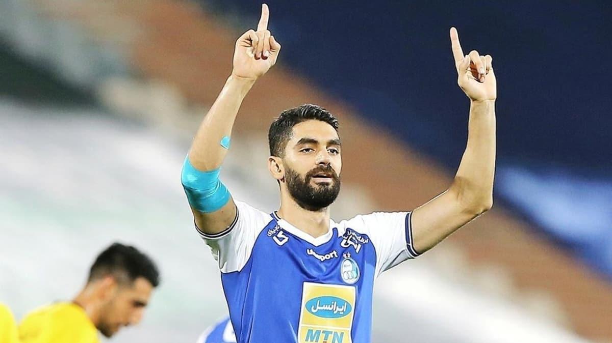 İran'ın İstiklal takımında forma giyen Ali Karimi, Trabzonspor'a transfer oluyor