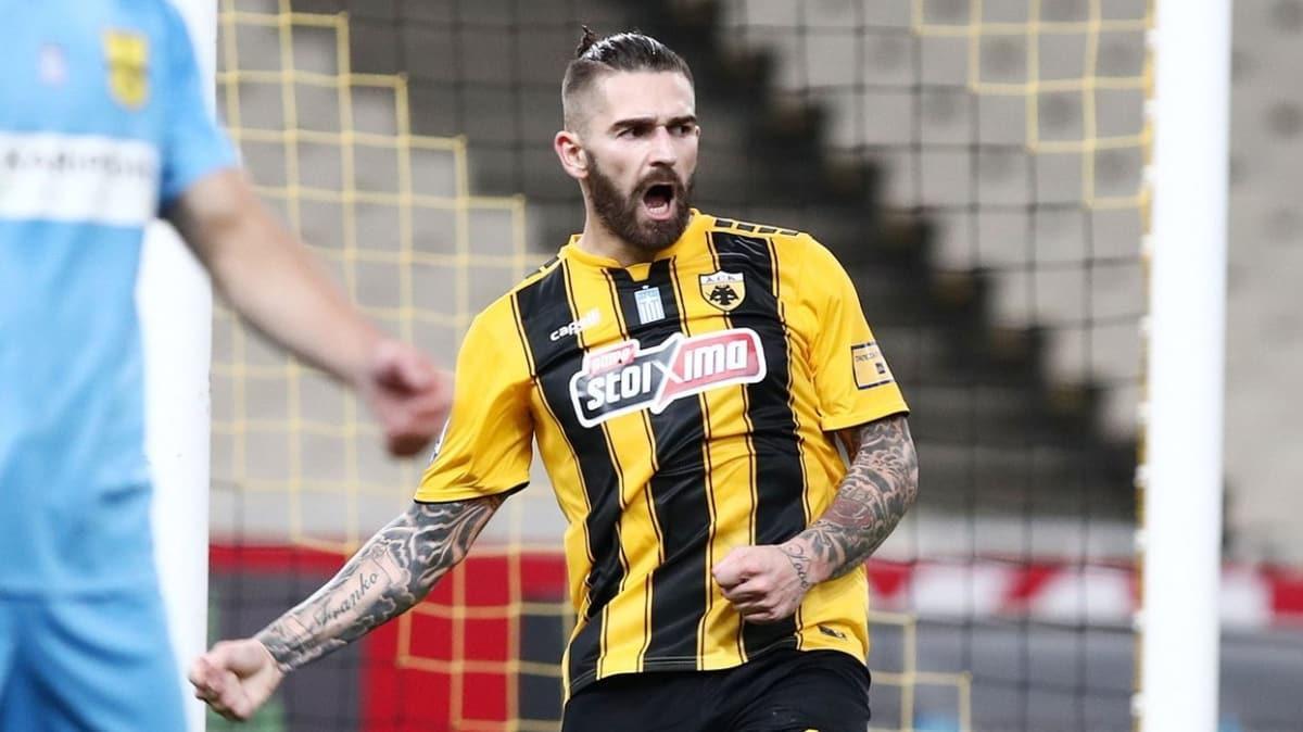 Trabzonspor, Fenerbahçe'nin de istediği Marko Livaja için AEK'ya resmi teklifini sundu