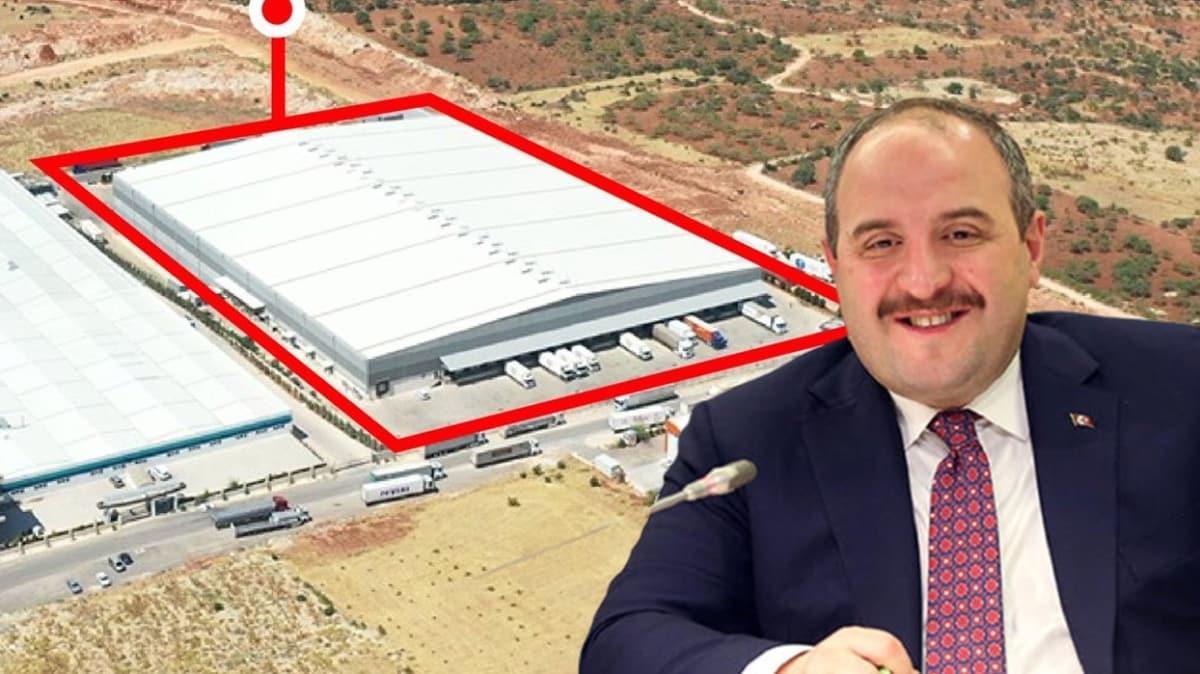 Bakan Varank, CHP'li Özel'in iddialarını tiye aldı: Muhalefetin yatırımdan anladığı en fazla heykel olabilir