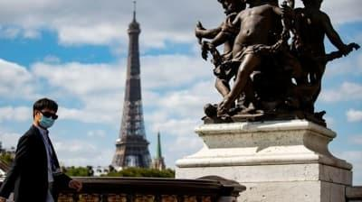 Paris'te kentin her yerinden duyulan sonik patlama meydana geldi