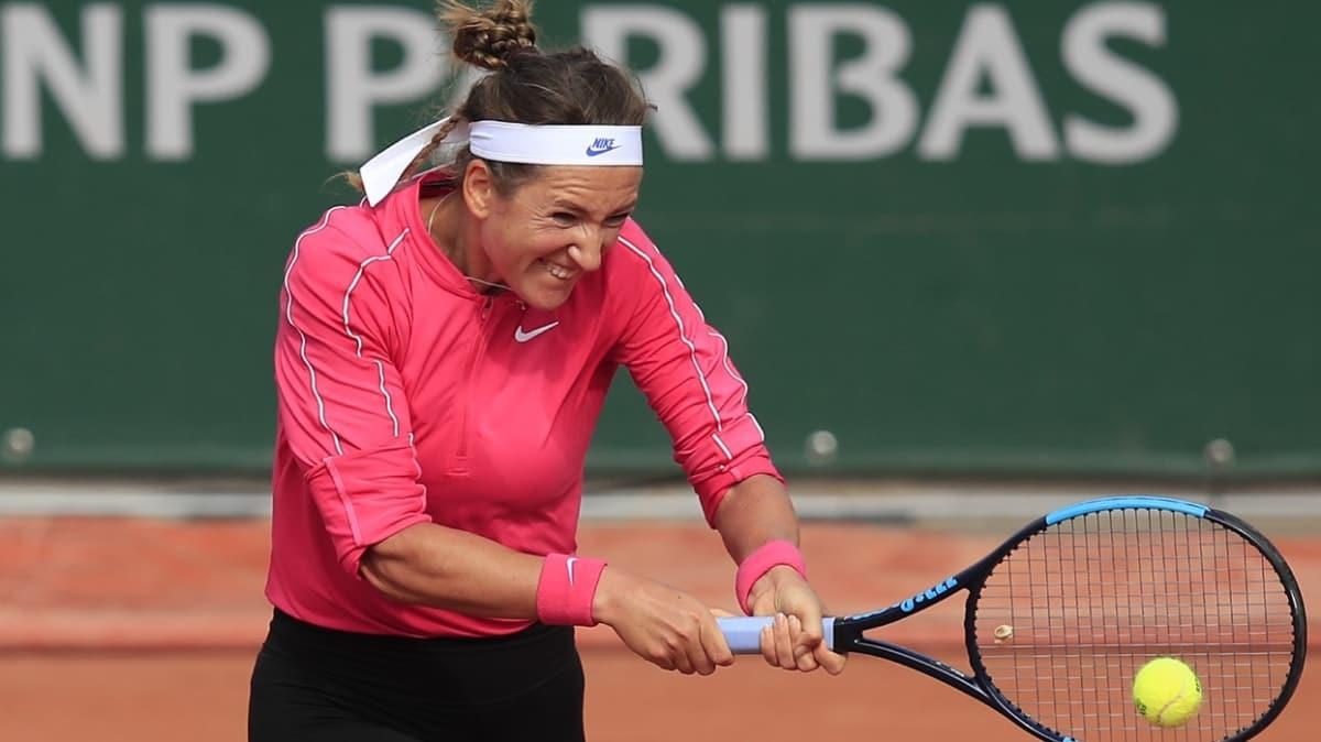 Victoria Azarenka, Roland Garros'tan 2. turda elendi