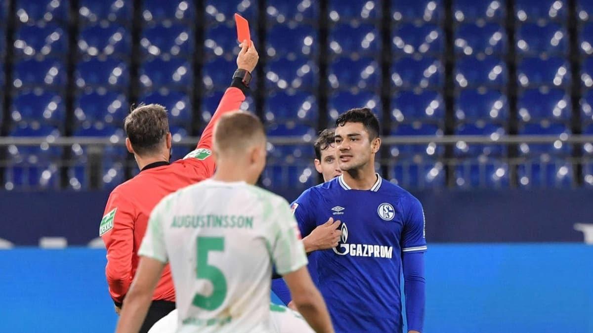 Ozan Kabak'a 5 maçtan men ve 15 bin euro para cezası verildi