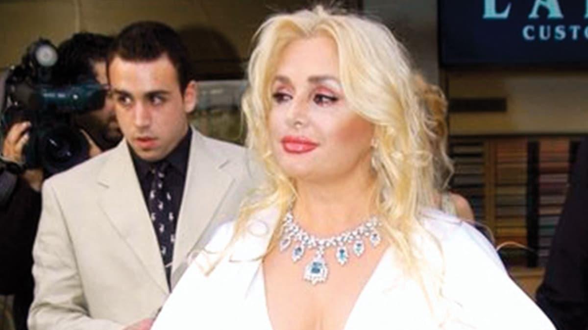 Afrodit lakaplı Banu Alkan göz kapağı estetiği ameliyatı oldu! 'Estetiksiz tek starım'