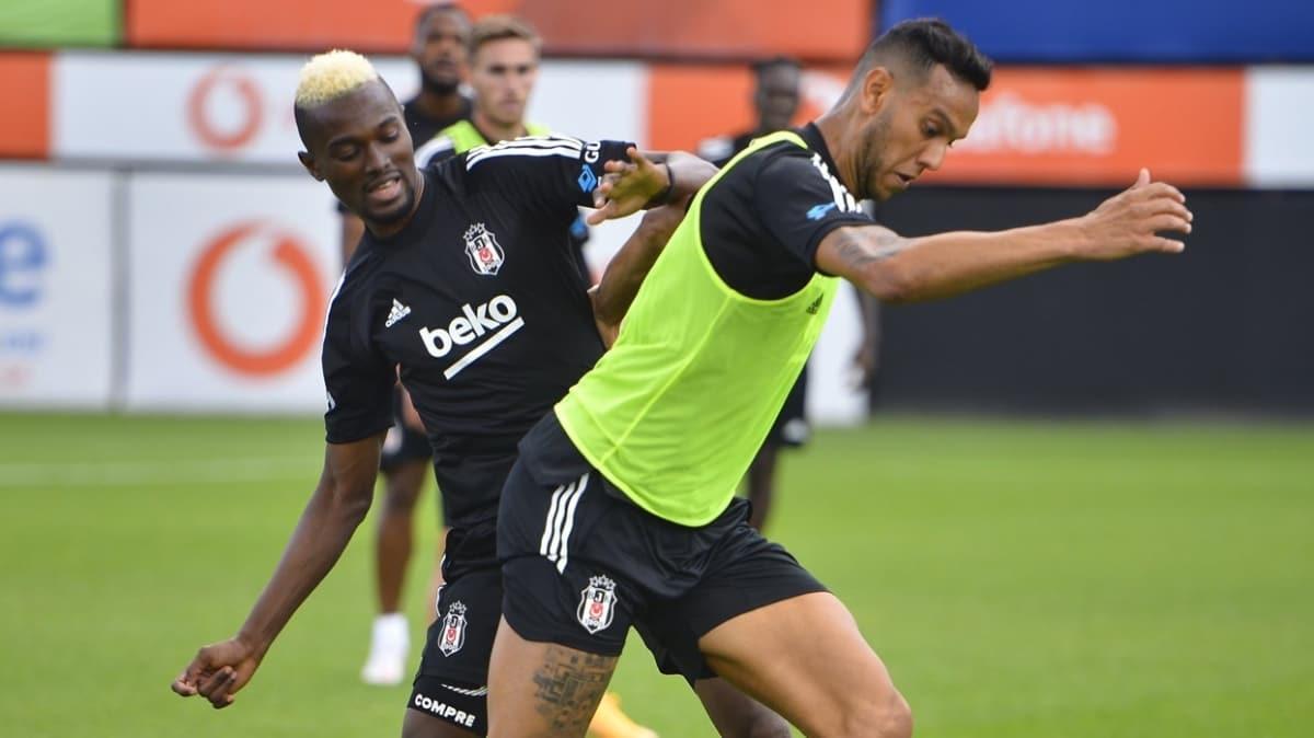 Beşiktaş şut ve taktik çalıştı
